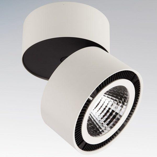 Особенности замены лампочки в точечном светильнике