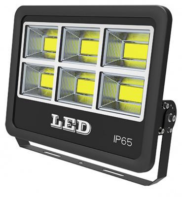 Светодиодный прожектор на 6 матрицах.