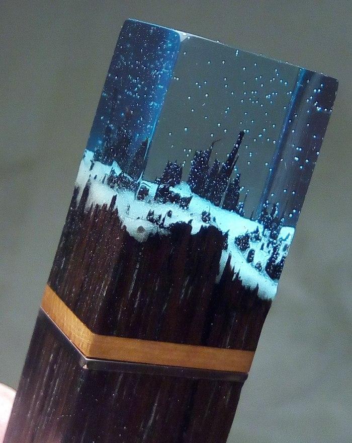 Интересные светильники из дерева и эпоксидной смолы