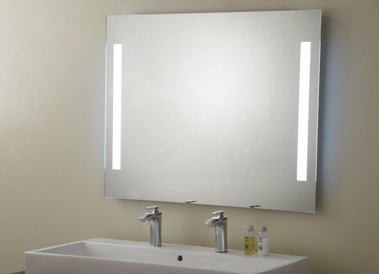 Внутренняя подсветка должна быть достаточно яркой.