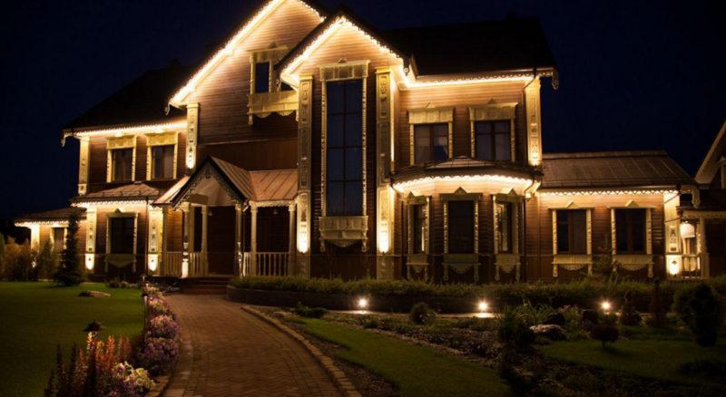 Освещение придомовой территории частного дома