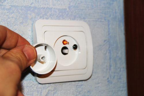Как ремонтировать выключатели света в домашних условиях
